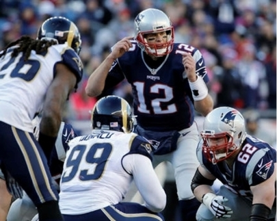 0024197_tom-brady-calls-signals-at-the-line-of-scrimmage-in-week-13-preview-image_610